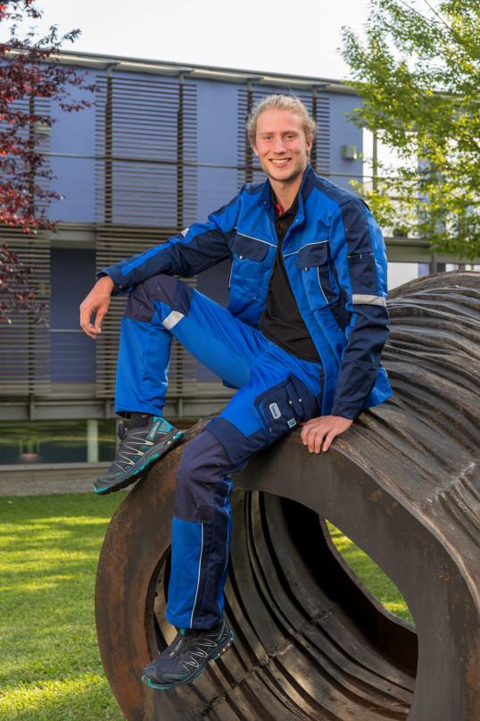KfZ-Mechatroniker Andreas Enzensberger