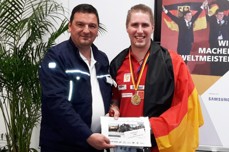 Robert Lode vom boco-Vertriebsteam Süd und Lukas Bauer